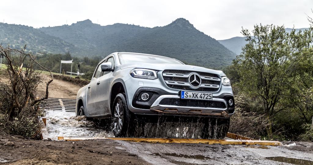 Mercedes-Benz X-Klasse MotorMag Wasserdurchfahrt Front hoch