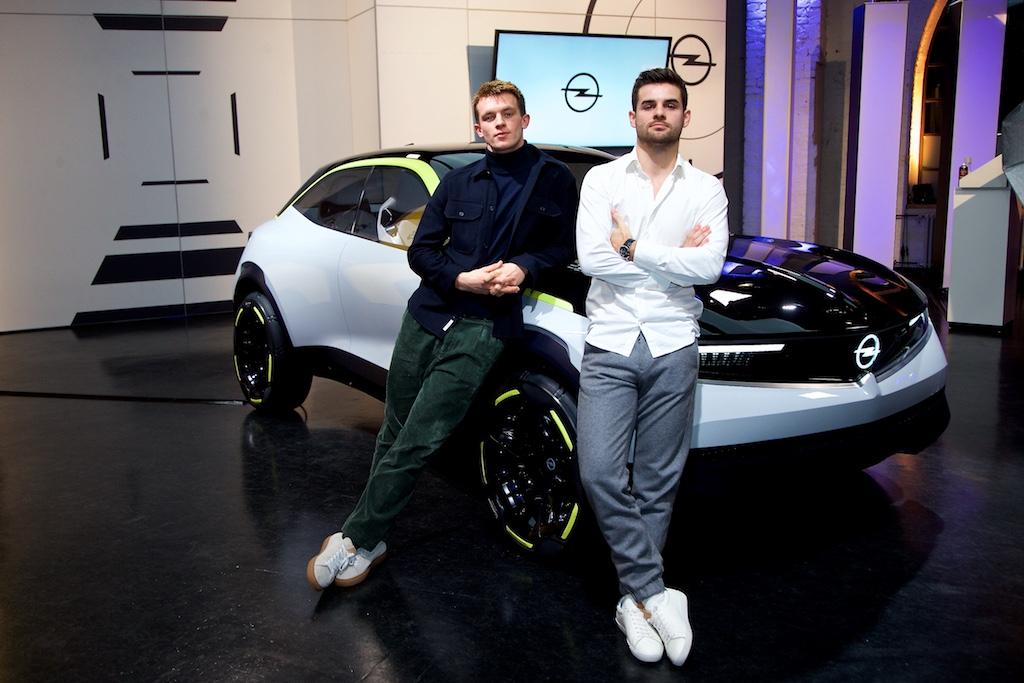 Opel GT X Experimental Schauspieler Jannis Niewöhner und Lucas Reiber