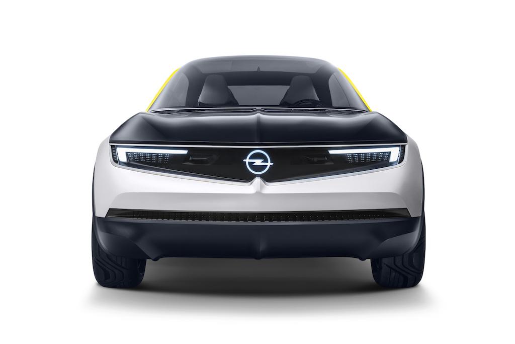 Opel GT X Experimental freigestellt